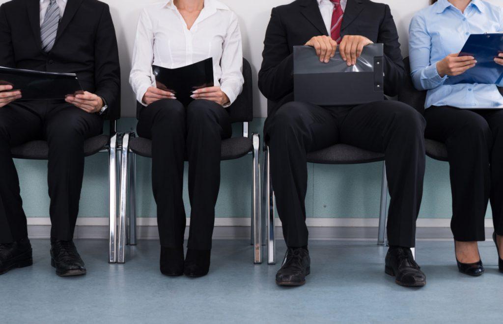 Como se vestir para a entrevista de emprego