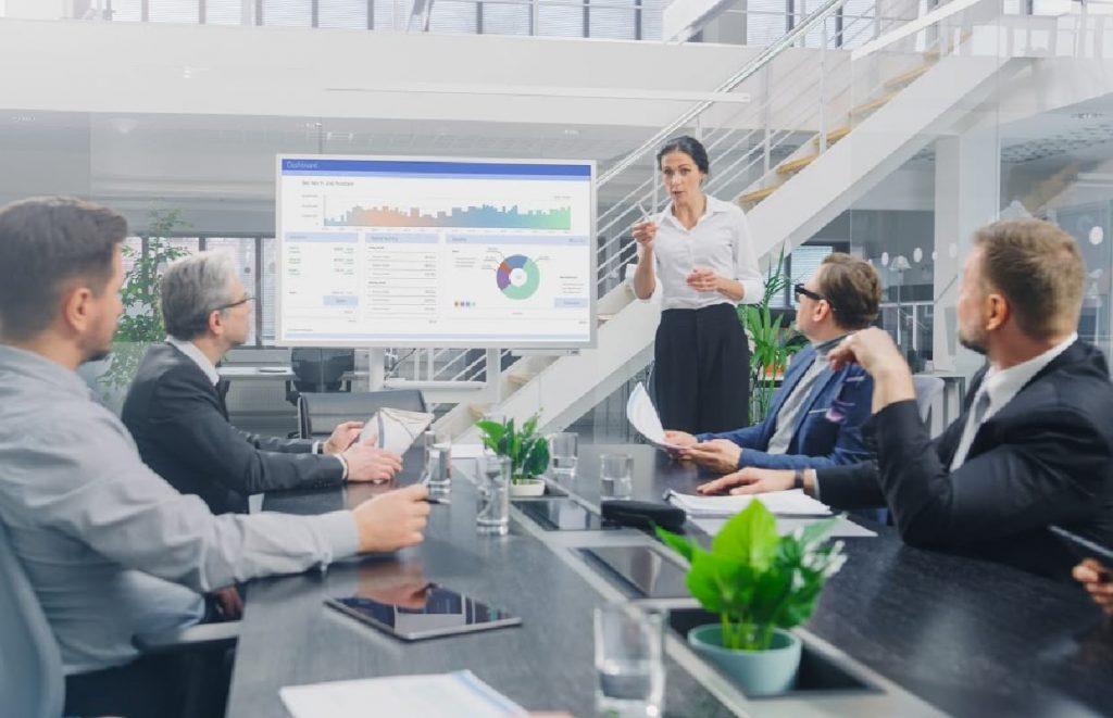 Imagem de reunião com CMO da empresa