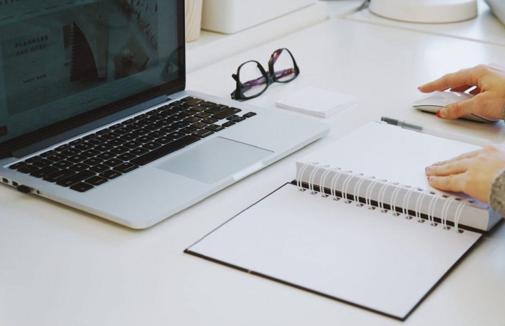exemplo de como ser organizado no trabalho